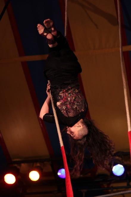 Trapeze (64).JPG